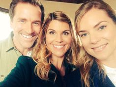 (12) Twitter Erin Krakow, Lori Loughlin, Hallmark Channel, Downton Abbey, Best Shows Ever, Movies And Tv Shows, Movie Tv, Tv Series, It Cast