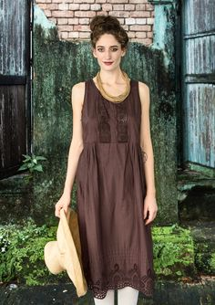 Klänning i ekobomull – Romantik i Rangoon – GUDRUN SJÖDÉN – Kläder Online & Postorder