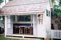 Garage-cottage