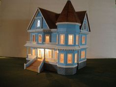 1/48 scale 1/4 IN SCALE VICTORIAN MANSION, MODEL HOUSE, DOLL HOUSE, HAND CRAFTED Needle Felted Animals, Felt Animals, Miniature Rooms, Ooak Dolls, Model Homes, Model Trains, Victorian Homes, Scale, Arts And Crafts