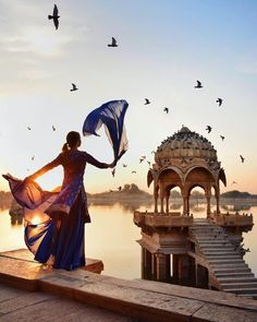 Travel Discover Jaisalmer Rajasthan Take a unique private tour of Jaisalmer city and witness the architectural beauty of the forts and palaces set against the Thar Desert. Explore the ancient Havelis and get a glimpse of the local life in Rajasthan. World Photography, Photography Poses, Travel Photography, Jaisalmer, Udaipur, Travel Pictures, Travel Photos, Amazing India, Kairo