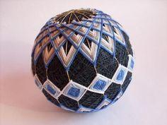 temarikai 4 - Japonské lopty pre šťastie - na toto by som rada zohnala návod, vyzerá to zaujímavo