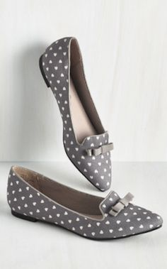 pretty heart print pointed toe flats