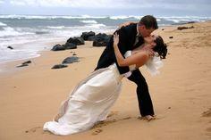 Az esküvőig több lépcsőn át vezet az út