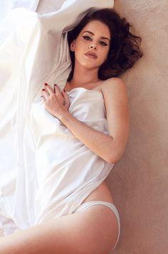 Lana Del Rey - Maxim - December 2014