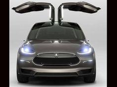 Tesla Model X: design futurista e painel com cara de iPad