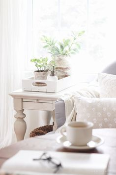 Spring Office Update - A lovely casual home office with lots of light, soft textures, and gorgeous greenery. Shabby Chic Living Room, Shabby Chic Style, Shabby Chic Homes, Shabby Chic Furniture, Shabby Chic Decor, Farmhouse Style Decorating, Decorating Your Home, White Home Decor, Diy Home Decor
