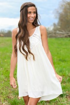 Must Have! Gorgeous ivory and lace dress.