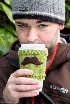 Mustache Cup Cozy Tutorial (via luvinthemommyhood)