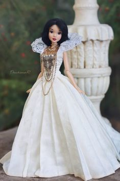Disney Barbie Dolls, Barbie Fashionista Dolls, Disney Princess Dolls, Disney Princess Dresses, Disney Dresses, Ariel Disney, Disney Princess Snow White, Snow White Disney, Beautiful Barbie Dolls