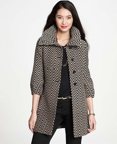 Zig Zag Afternoon Topper by Ann Taylor http://www.fashionstudiomagazine.com/2013/03/pick-of-day.html