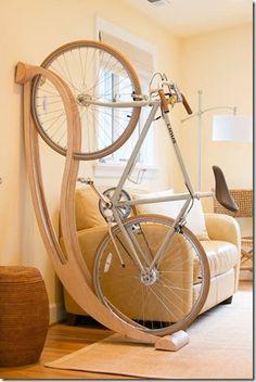 Guardando bike em apartamento : Oficina 44