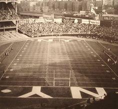 Yankee Stadium - History, Photos & More of the former NFL stadium of the New York Giants New York Stadium, Giants Stadium, New York Football, Sports Stadium, Yankee Stadium, New York Giants, Mets Baseball, Giants Football