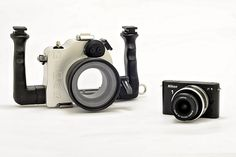 Underwater housing for Nikon 1 J1. Can't stop drooling.