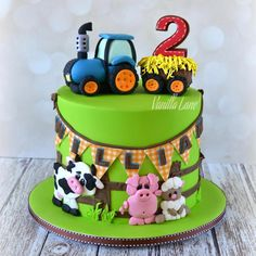 Vanilla Lane - Dace turns ONE ❤️ - kuchen kindergeburtstag Digger Birthday Cake, 2nd Birthday Cake Boy, Tractor Birthday Cakes, Tractor Cakes, Lane Cake, Cakes For Boys, Themed Cakes, Party Cakes, Barn