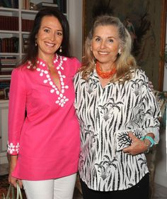Palm Beach Style Personified  Jewelry Designer Helga Wagner (right) at Palm Beach Island Cats Event 2015  http://www.palmbeachdailynews.com/gallery/events/neighborhood-community/palm-beach-island-cats/gJg7/#1441309