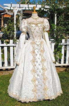 Items similar to Cinderella Princess Fantasy Wedding Gown Medieval Custom Sparkle Gown and Jewelry on Etsy <br> Old Dresses, Trendy Dresses, Fashion Dresses, Linen Dresses, Medieval Gown, Renaissance Dresses, Medieval Wedding, Gothic Wedding, Vintage Outfits