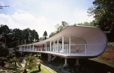 Shigeru Ban Architects' recent creation, the Crescent House in South Hakone of Shizuoka, Japan