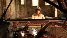 Ukrainian classical pianist Anna Fedorova plays Étude Op. 25, No. 11 in A minor, a solo piano technical study composed by Frédéric Chopin in 1836. The piece is often referred to as the Winter Wind …