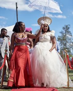 A Gorgeous Zulu And Swati Wedding African Wedding Attire, Pakistani Wedding Dresses, Wedding Hijab, Wedding Gowns, Wedding Cakes, Party Wedding, South African Weddings, Nigerian Weddings, Indian Weddings
