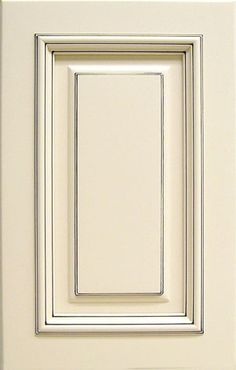 ©Haas Cabinet Co COLOR Choice ™ paint: Soft Pebble on Maple in Wexford style with a Mocha glaze.