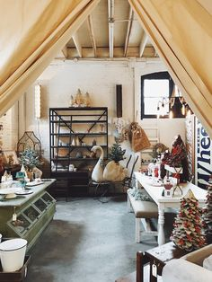 Holiday decor and shopping at City Home in Portland, Oregon ...