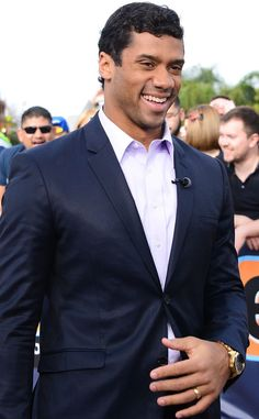 Eric Decker from Hottest Men of the 2014 Super Bowl Seahawks Gear, Seattle Seahawks, Eric & Jessie, Ciara And Russell Wilson, Eric Decker, Football Images, Hottest Guys, 12th Man, That's Entertainment