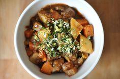 Beef Stew mit Zitrone, Rosmarin und Knoblauch