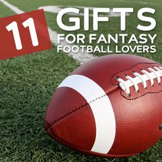 If you're trying to find a gift for the fantasy football lover in your life you'll soon see that it's all about catering to their needs each Sunday. 8 DIY Gifts for Fantasy Football Fans… Birthday Gift For Him, Birthday Gifts For Boyfriend, Best Birthday Gifts, Boyfriend Gifts, Gifts For Football Fans, Gifts For Sports Fans, Football Treats, Football Season, Gifts In A Mug