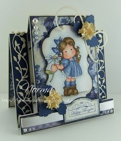 This is another favorite type of card for me. It is a front-panel side step card. New stuff for me to play with for this card. 3d Cards, Cool Cards, Easel Cards, Fancy Fold Cards, Folded Cards, Side Step Card, Stepper Cards, Birthday Gift Cards, Handmade Card Making