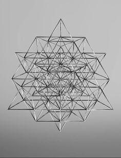 A 64 tetraedro geometría como la que se muestra aquí es teoría Nassim Haramei de la estructura geométrica fundamental del vacío del espacio