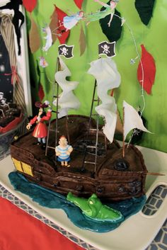 Cake from a Peter Pan Birthday Party #peterpan #birthdaypartycake @Ana G. Maranges Mallory McManus think you'll be up for this in June? hahahah!