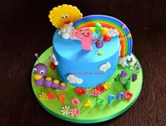 this is a cake with the characters of baby tv channel, tulli and draco, I loved how the colors turned out on this cake Baby Tv Cake, 1st Birthday Parties, Birthday Cakes, Cake Central, Cakes For Boys, Love Cake, Sugar Cookies, Cake Decorating, Birthdays