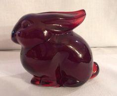 Heisey HCA Ruby Red Momma Rabbit