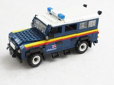 RNLI Land Rover Defender (4)