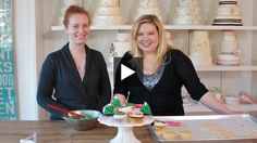 Adorable Festive Cupcakes from Bobette & Belle Bakery // House & Home Online TV episode