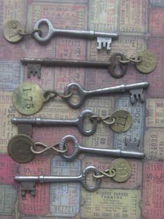 Vintage Hotel Keys by CaityAshBadashery on Etsy