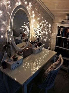 I love the vanity and lights