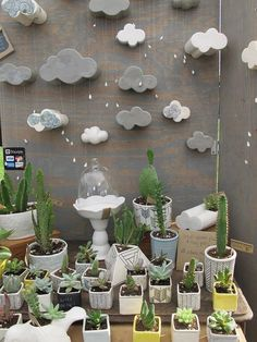 super cool display for plants and pots Market Stall Display, Market Displays, Craft Fair Displays, Display Ideas, Booth Ideas, Stand Feria, Craft Stalls, Bazaar Ideas, Handmade Market