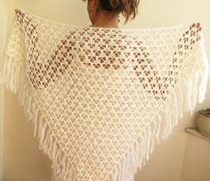 SALE Winter Accessories - Womens Off White Cream Triangle Lace Crochet Mohair Shawl with Fringe Crochet Cape, Hand Crochet, Diy Blanket Scarf, Bordados E Cia, Diy Crafts Crochet, Crochet Shawls And Wraps, Easy Crochet Patterns, Beautiful Crochet, Handicraft