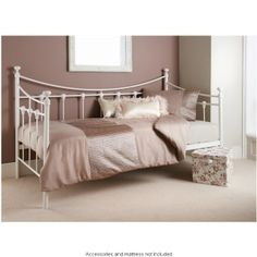 Diy Bed Frame Plans Fresh Gorgeous Diy Wood Daybed Extra Seating and Guest Sleeping Plans by. Diy Storage Daybed, Diy Daybed, Daybed Bedding, Cheap Canopy Beds, Canopy Bed Frame, Bedroom Furniture Inspiration, Solid Wood Bedroom Furniture, Furniture Upholstery, Diy Furniture