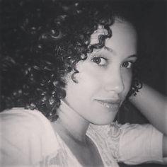 """25 curtidas, 1 comentários - Thamires Medeiros (@medeirosthamy) no Instagram: """"#curls #curly #instimasdaray"""""""