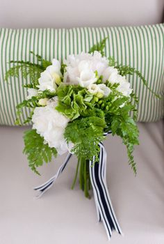 #bouquet #green #wedding inspiration ♥ How to organise your dream wedding, within your budget  https://itunes.apple.com/us/app/the-gold-wedding-planner/id498112599?ls=1=8 Wedding App for brides, grooms, parents & planners … #country  #wedding #ideas #ceremony #reception #flowers #bouquets #cake #rings … For more green wedding ideas http://pinterest.com/groomsandbrides/boards/ ♥
