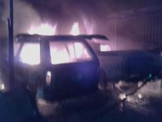 Cuatro carros quemados en La Ceiba