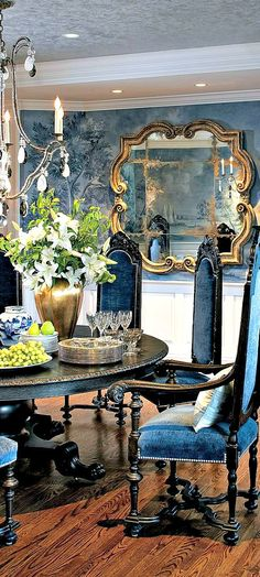 Styling home in white and blue ~ dining room!!! Bebe'!!! Beautiful room!!!