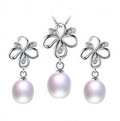 set bijuterii cu perle http://www.bijuteriifrumoase.ro/cumpara/cercei-colier-si-pandant-cu-perle-3594