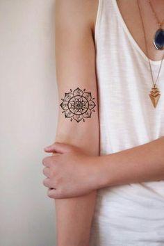Kleine Tattoos für Frauen!