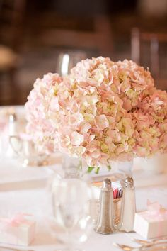 Blush #Hydrangea Centerpiece! Love these #flowers for a #wedding or #party. Pretty in pink! #MiWeddingNeeds
