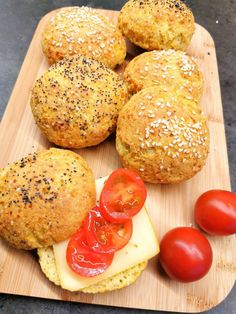Keto Snacks, Lchf, Baked Potato, Hamburger, Muffin, Food And Drink, Low Carb, Potatoes, Baking