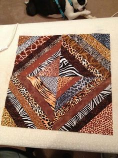 Animal prints String Quilts, Animal Print Rug, Projects To Try, Quilting, African, Rugs, Animals, Home Decor, Farmhouse Rugs